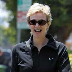 Jane Lynch Gets Hitched