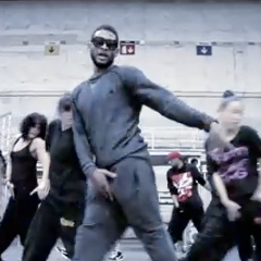 Usher at Grammy Rehearsal   [Dance Video]