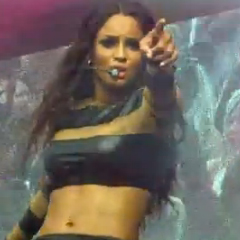 "Ciara performs at ""Superfest"" in Austraria [Video]"