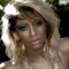 Keri Hilson ft Nelly - Lose Control [Official Music Video]